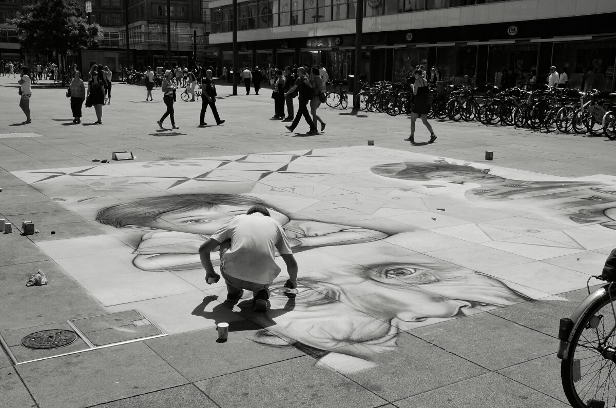 streetart-berlin-alexanderplatz